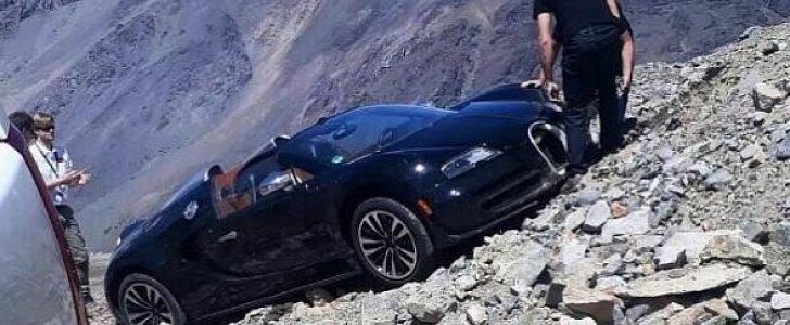 bugatti veyron andes mountains crash looks surreal damage is serious autoe. Black Bedroom Furniture Sets. Home Design Ideas