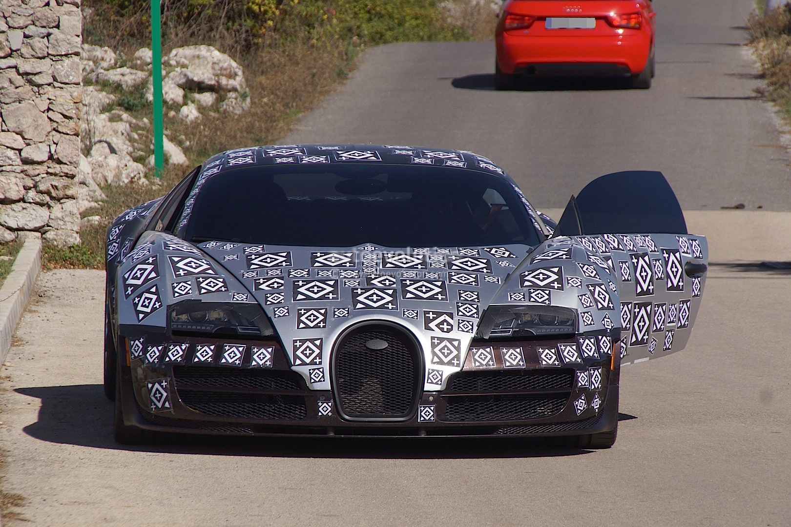 Official: Bugatti Veyron Successor, Chiron, to Have 1,500 Hybrid ...