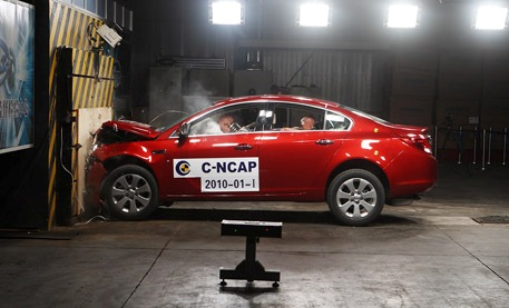 Buick new regal gets five star safety rating in china for General motors assessment test