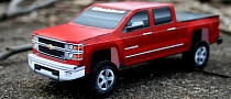 Build Your Own 2014 Chevrolet Silverado... Out of Paper [Video]