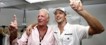 Button Celebrates F1 Title Alone, in Hotel Room