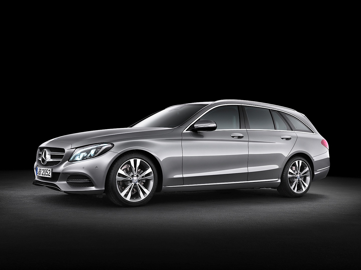 C class t modell s205 starting prices revealed autoevolution for Mercedes benz starting price