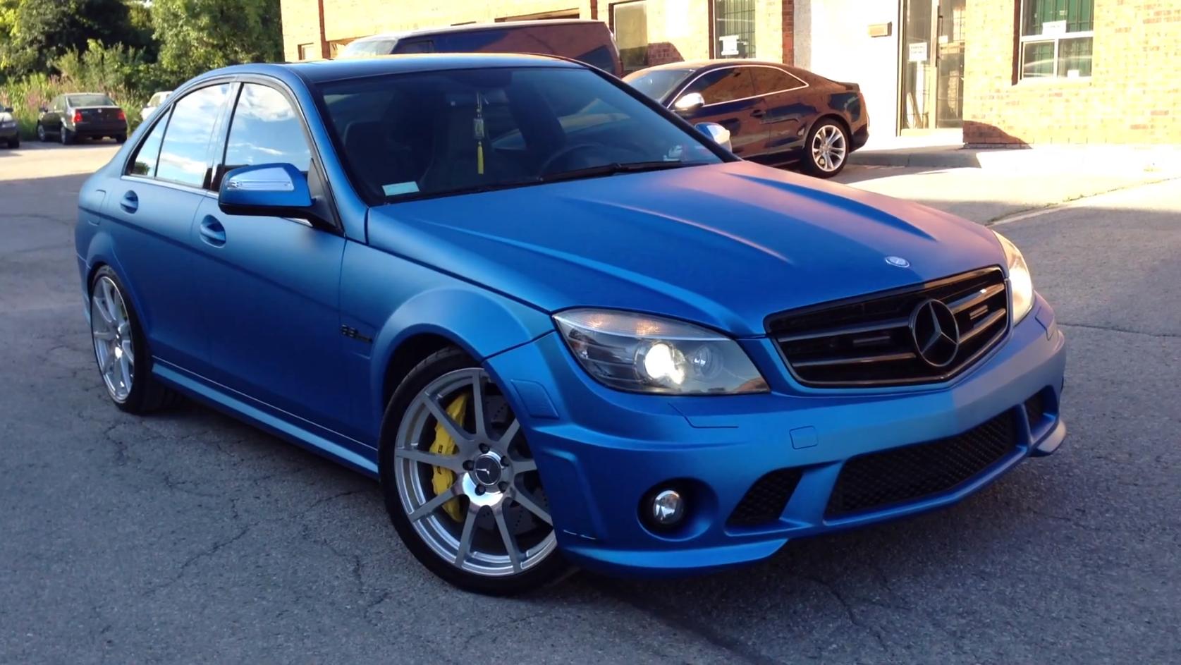 C63 AMG in Matte Metallic Blue Looks Frozen - autoevolution