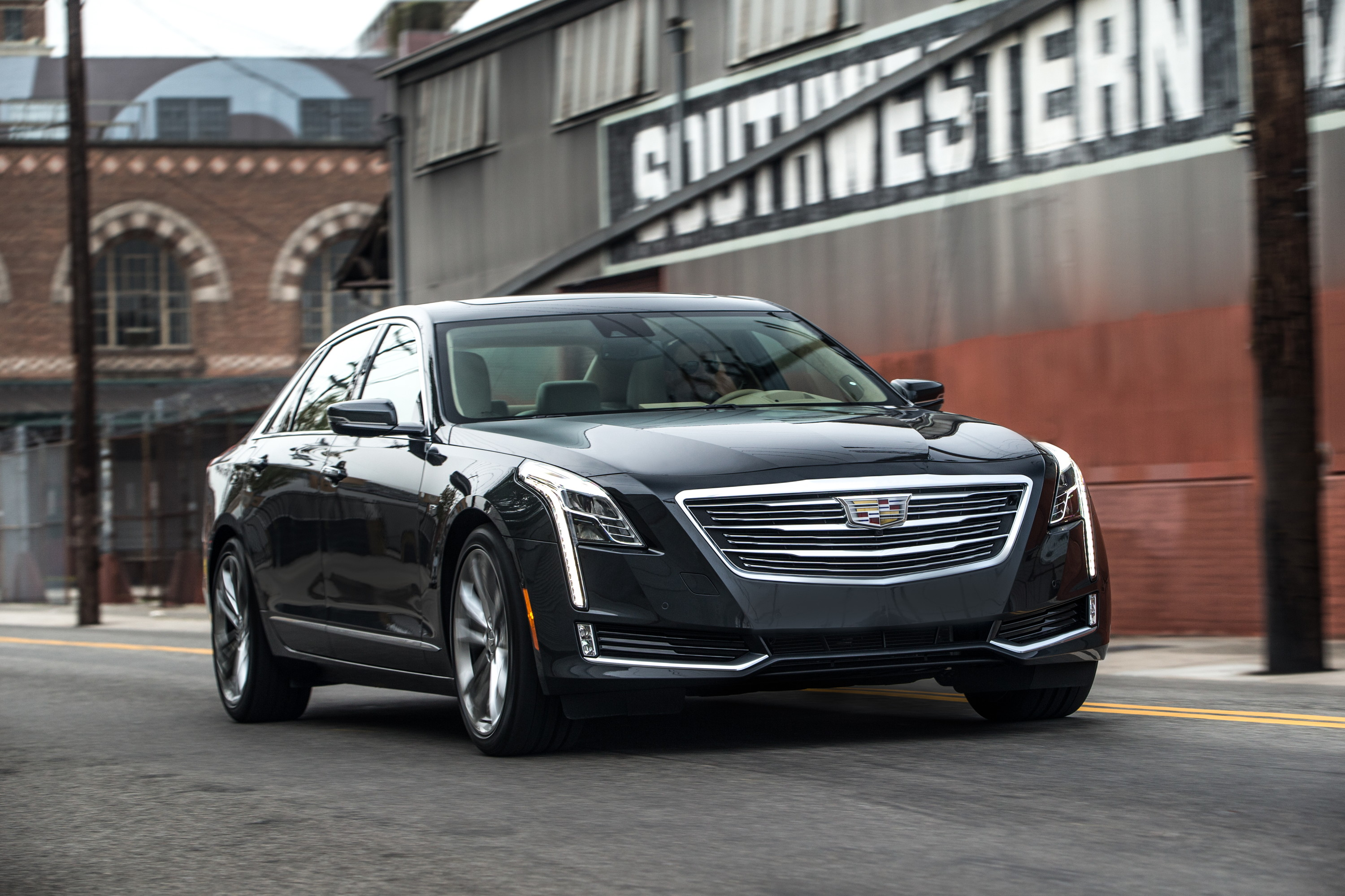 Cadillac CT6 Updated for 2017 MY, Twin-Turbo LT5 V8 Nowhere In Sight