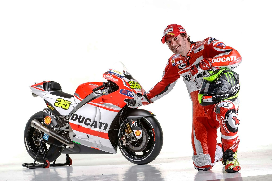 Cal Crutchlow Getting Closer to Ducati Once More - autoevolution