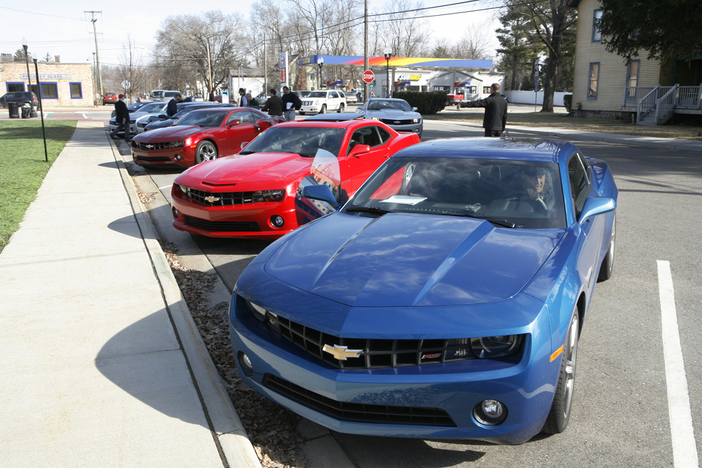 Camaro Tops U.S. Sports Car Sales - autoevolution