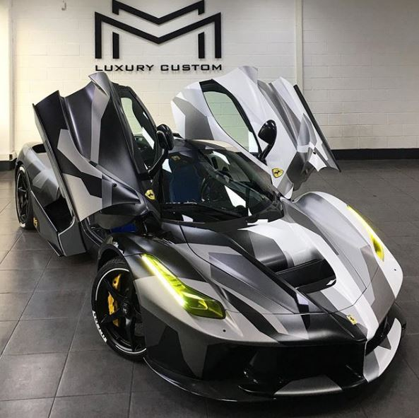 Camouflage Wrap Laferrari Is The World S Fastest Tank