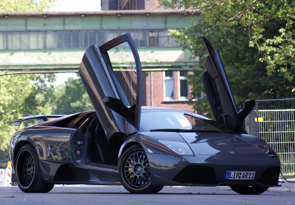 Lamborghini Murcielago And Its Por Door System
