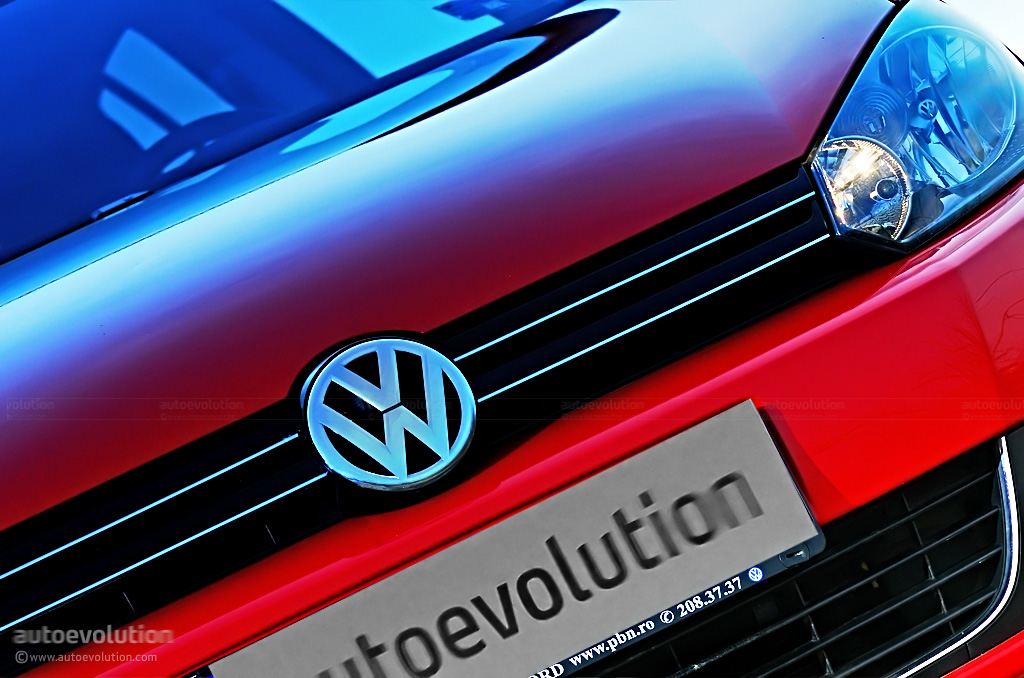 Golf Car Logo Logo on Volkswagen Golf vi