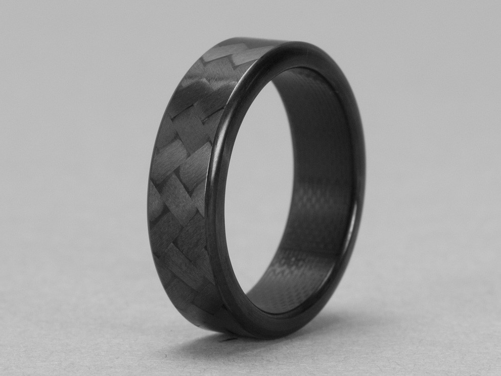 Carbon Fiber Ring Is The Proposal To Your Car Loving