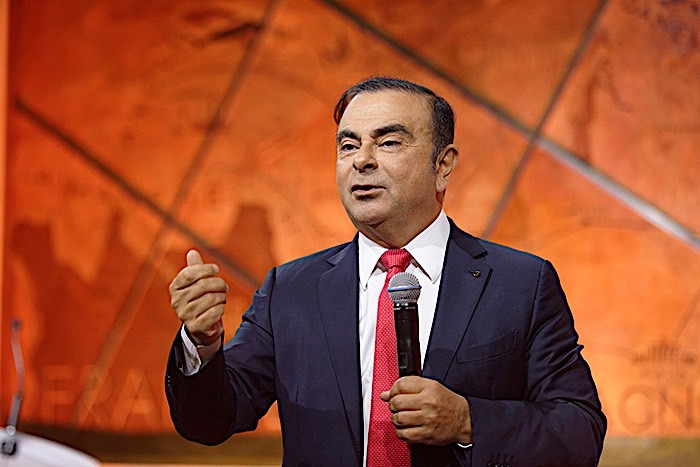 Ghosn: Renault piles pressure on former chief executive