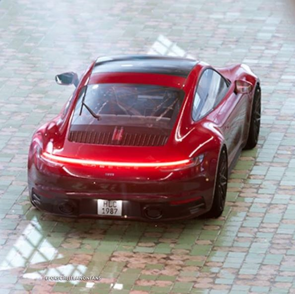 Carmine Red 2020 Porsche 911 Looks Majestic In Real World