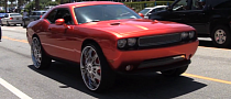 Challenger Floats on 28-Inch DUB Wheels [Video]