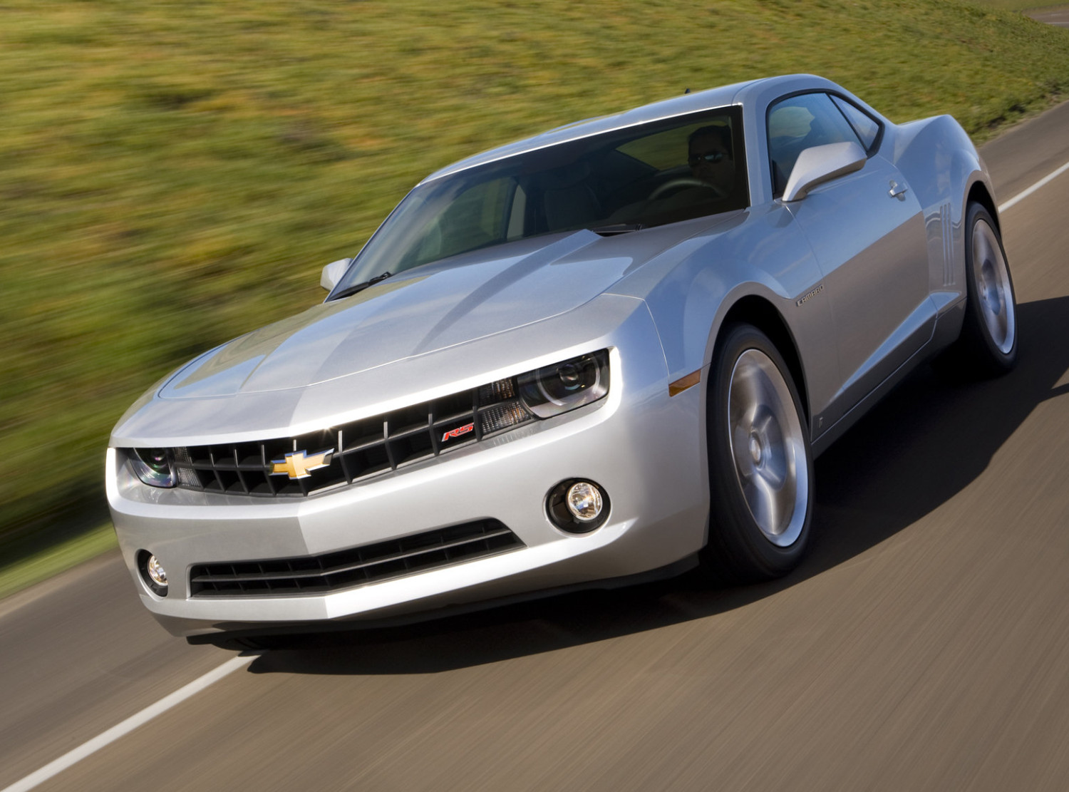 chevrolet camaro 2ls will do 30 mpg highway autoevolution. Black Bedroom Furniture Sets. Home Design Ideas