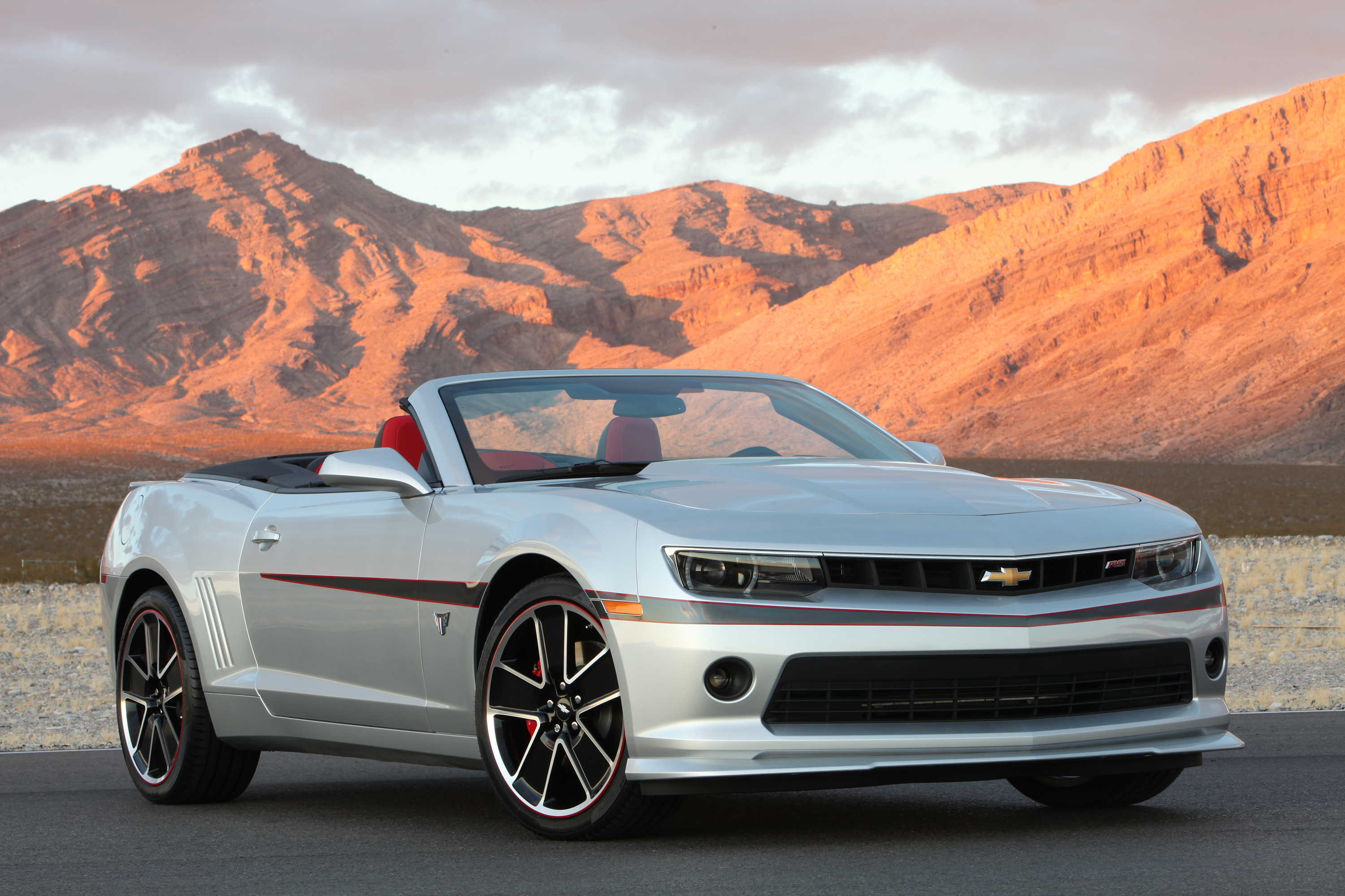 2015 Chevrolet Camaro Commemorative Edition Bows At Sema
