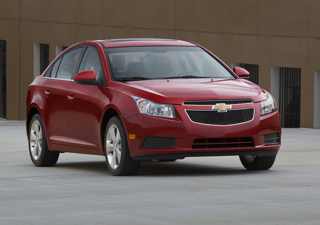 chevrolet cruze coupe in the works autoevolution. Black Bedroom Furniture Sets. Home Design Ideas