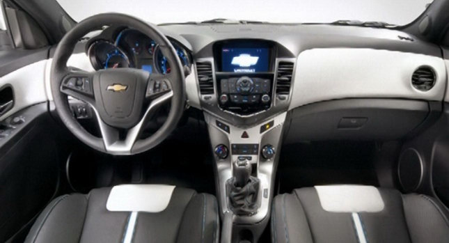 Chevrolet Cruze Hatchback Interior Revealed - autoevolution
