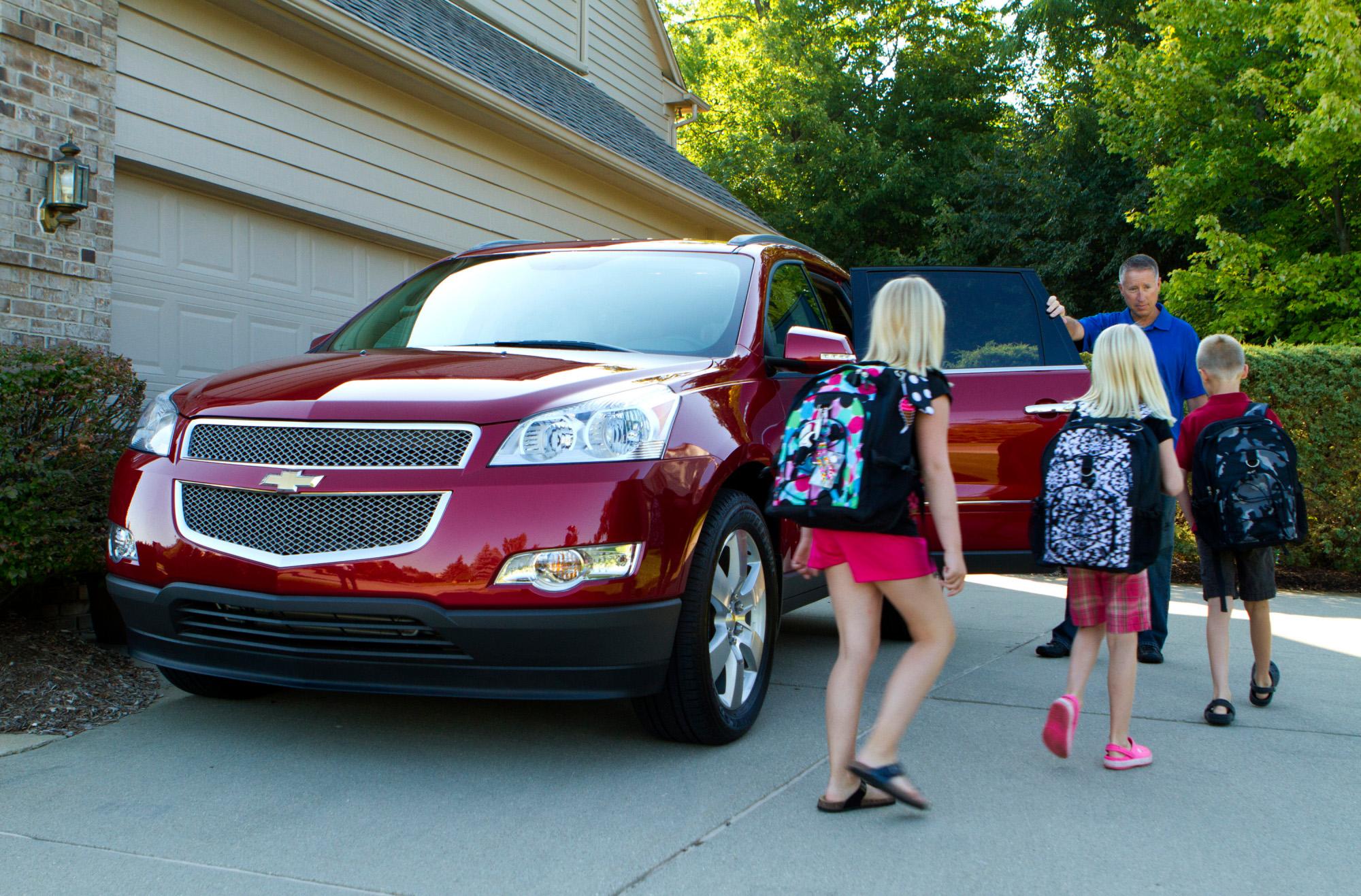 Five Star Auto Sales >> Chevrolet Survey Reveals the Soccer Dad, Recommends 2012 Traverse - autoevolution