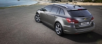 Chevy Cruze Station Wagon Will Sport Facelift Look in Geneva