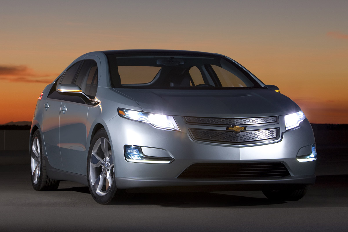 The Battle For Best Hybrid On Market Is About To Become Even Fiercer As General Motors Sees Chevy Volt A More Advanced Model Than Its Two Main