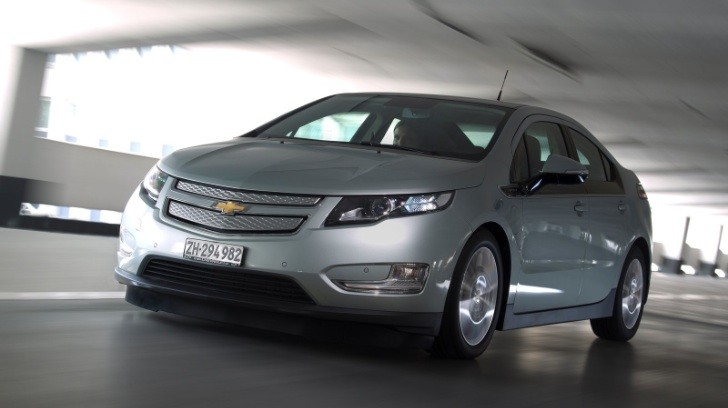 Chevy Volt Production Stopped Due to Stockpile