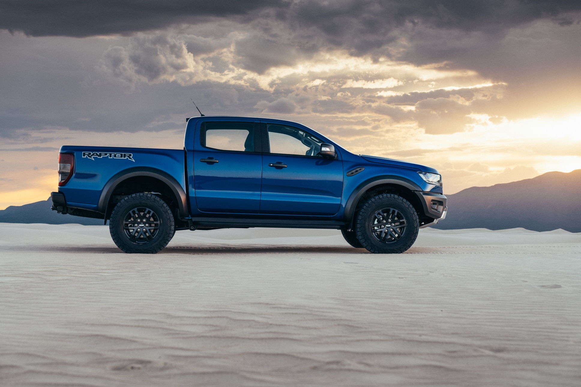Ford unveils new Ranger Raptor pickup