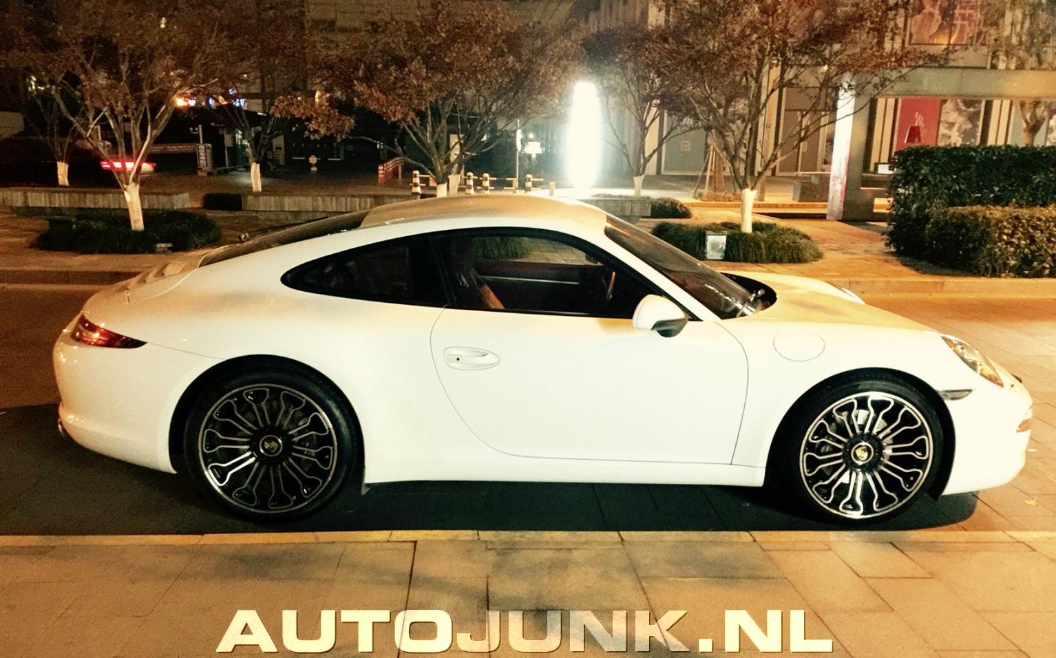 Porsche 911 Rims >> Chinese Porsche 911 With Fake 918 Spyder Wheels Isn T