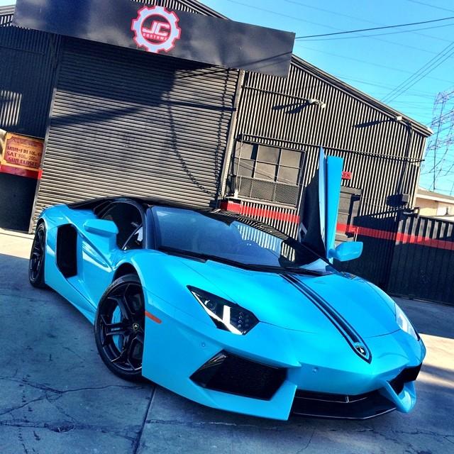 Chris Brown's Aventador Changed Into Sky Blue Color