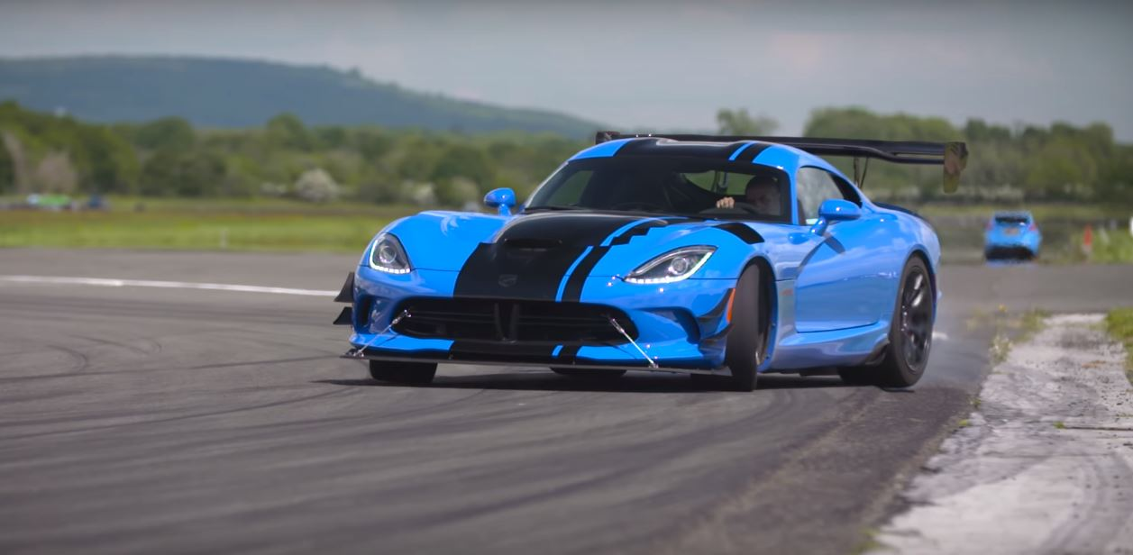 chris harris drifts viper acr for top gear naked donald. Black Bedroom Furniture Sets. Home Design Ideas