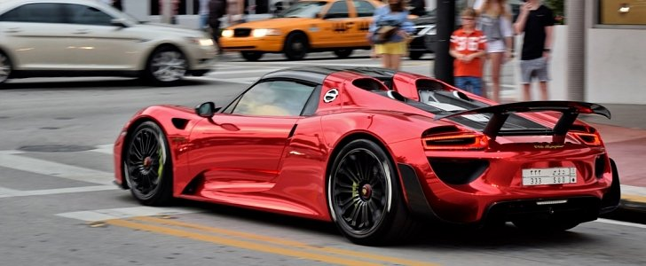chrome red porsche 918 spyder flaunts its weissach package. Black Bedroom Furniture Sets. Home Design Ideas