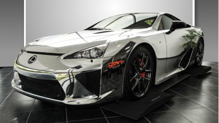 6 Photos. Chromed Lexus LFA ...