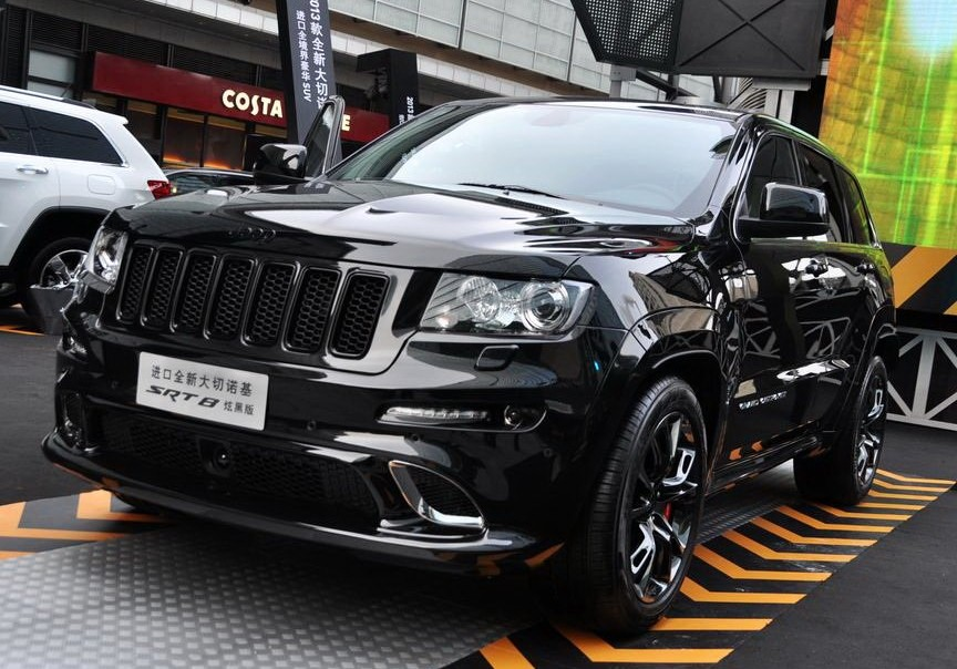 Chrysler Launches Jeep Grand Cherokee Srt8 Black Edition In China