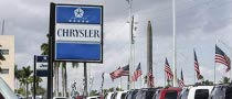 Chrysler Lures Dealers with Extra Cash