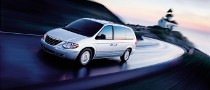 Chrysler Recalls 312,000 Minivans on Airbag Issue