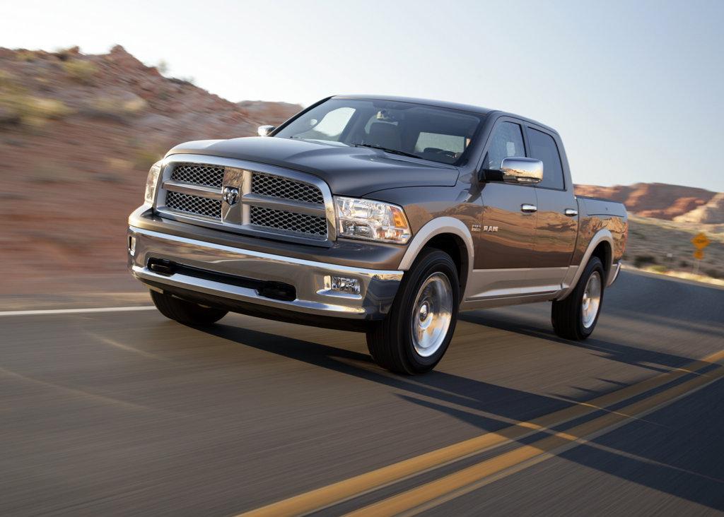 Hybrid Pickup Trucks >> Chrysler Recalls 75,000 Dodge Ram Trucks For Brake Issue ...