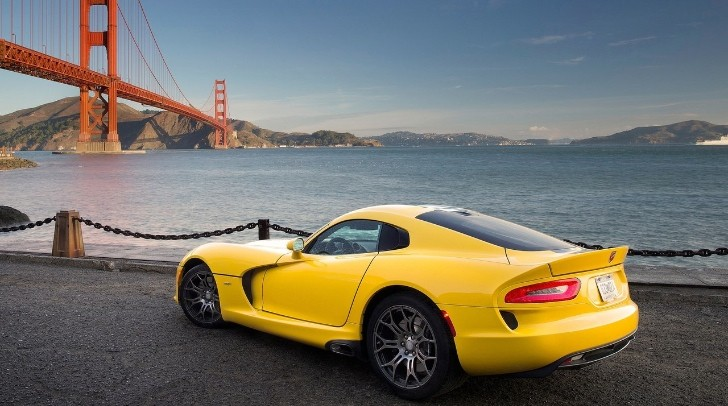 Chrysler Ships its First 800 SRT Viper Units