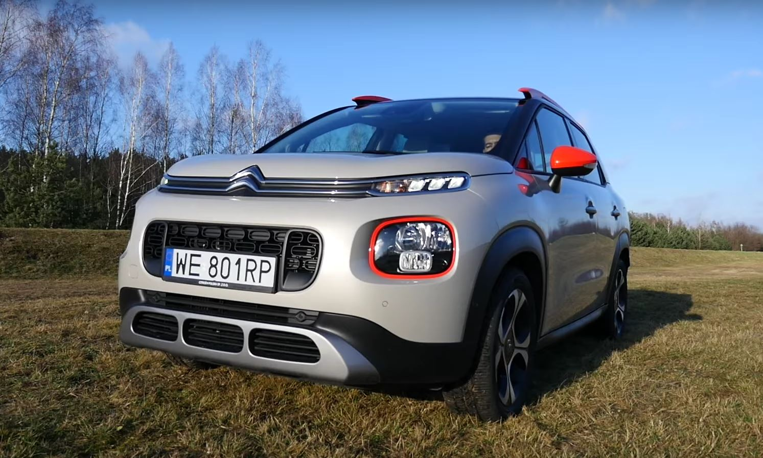 citroen c3 aircross is full of quirks says review autoevolution. Black Bedroom Furniture Sets. Home Design Ideas