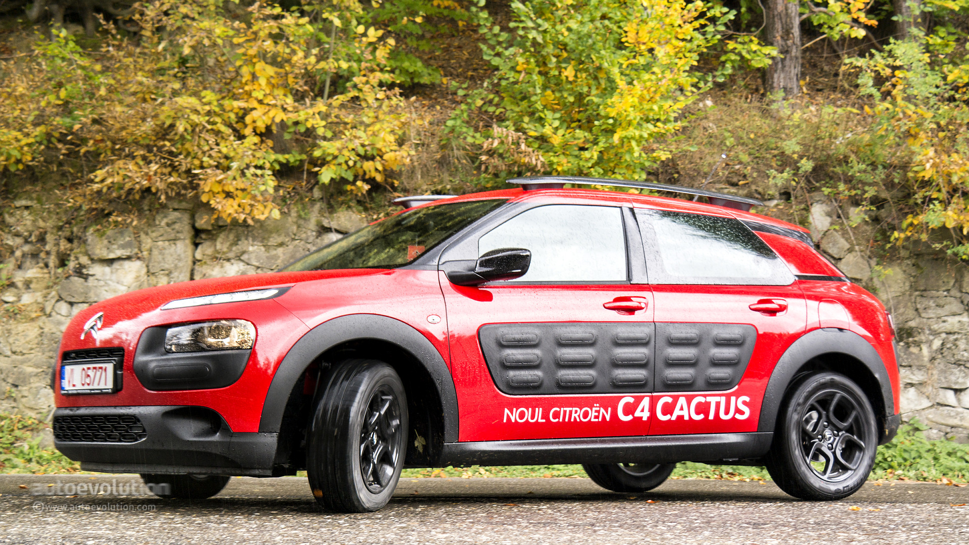 citroen c4 cactus falling behind rivals with 70 000 sales in first year autoevolution. Black Bedroom Furniture Sets. Home Design Ideas