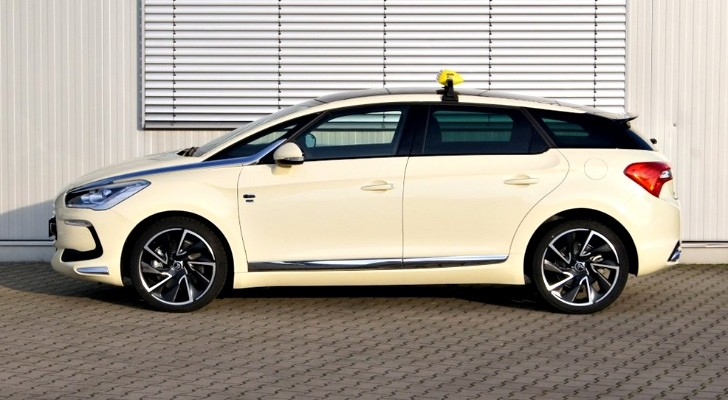 Citroen DS5 Taxi - France's E-Class!