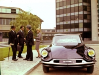 When in need for change, Citroen looks to the past