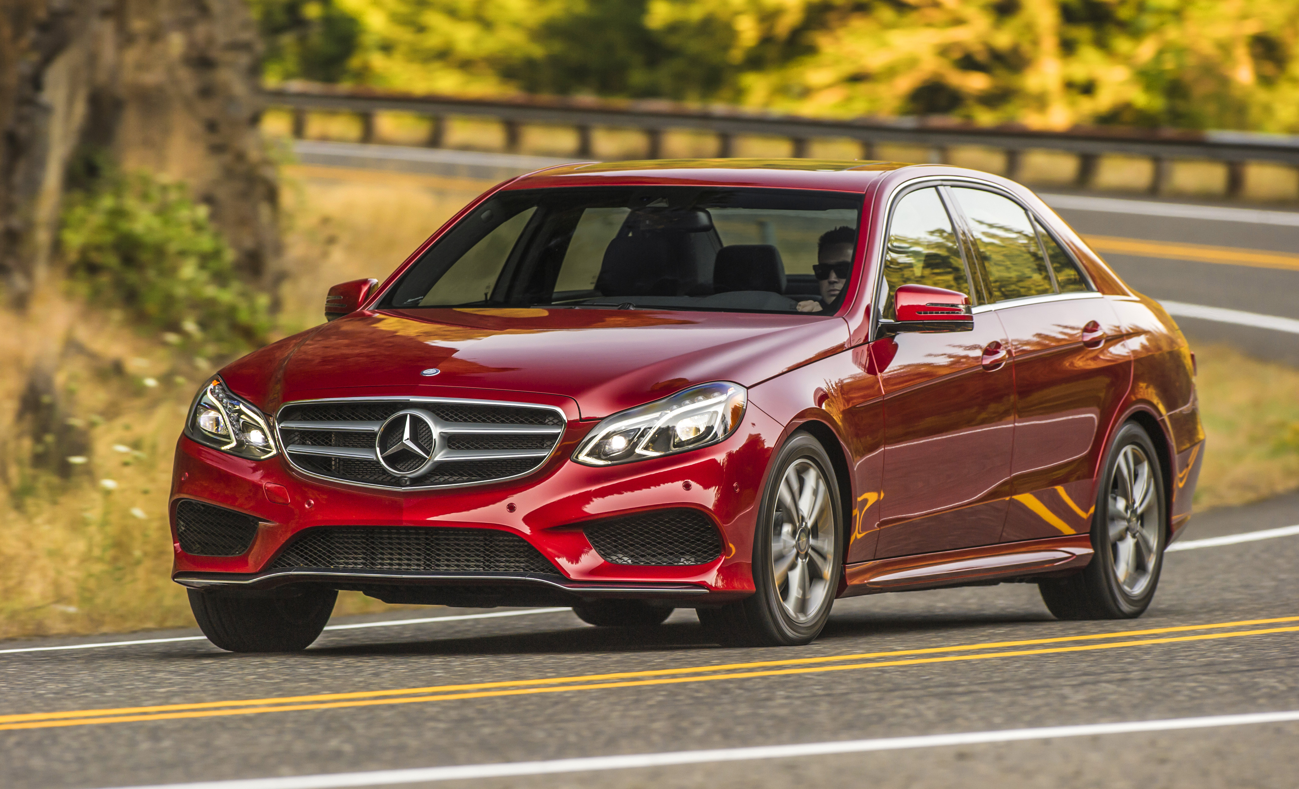 Daimler to set aside $560 million to cover airbag recall