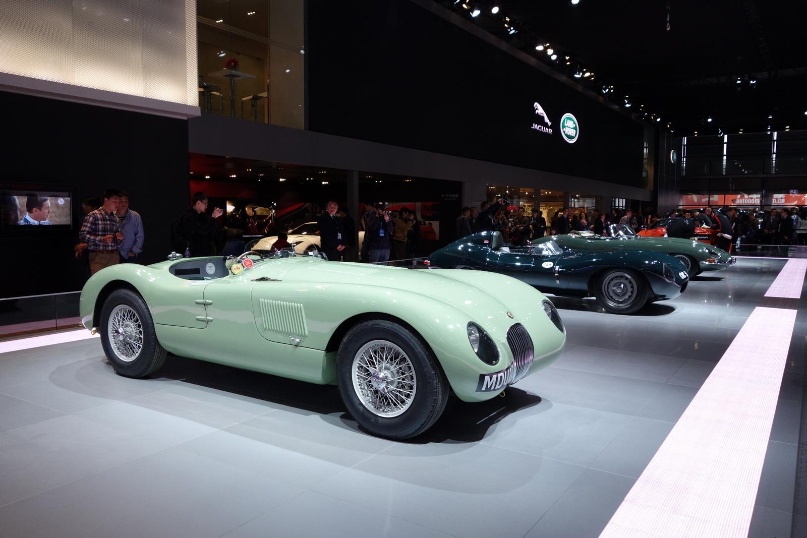 Classic Cars at Shanghai 2013 [Live Photos] - autoevolution