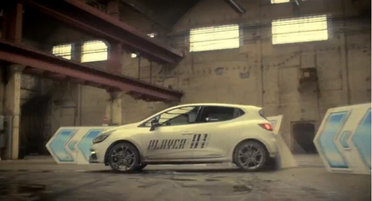 Clio RS 200 EDC Plays Asphalt 8 in Real Life [Video]