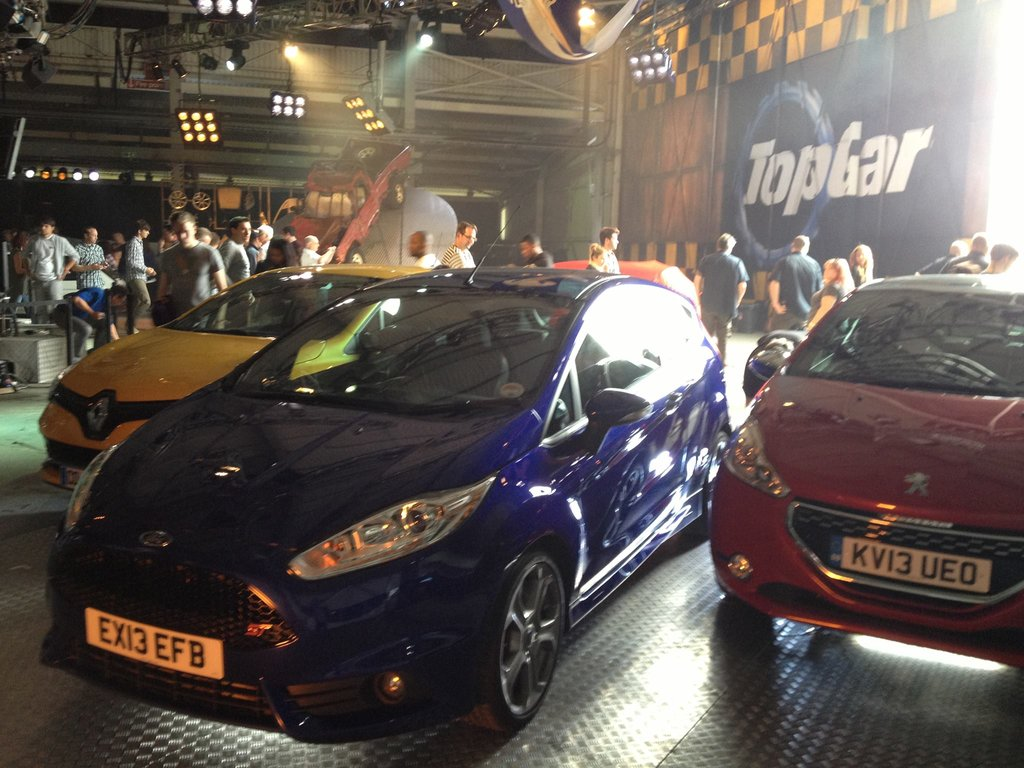 clio rs fiesta st and 208 gti on top gear season 20 episode 1
