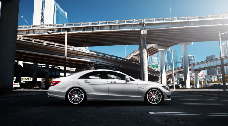 CLS 63 AMG by RennTech With Vossen CVTs is Heavenly Hellish [Video]