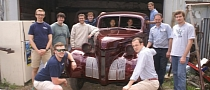 College Students to Transform 1939 Pontiac into EV