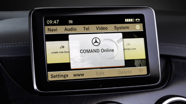 Comand Online Gets Groundbreaking Live Traffic Information Service