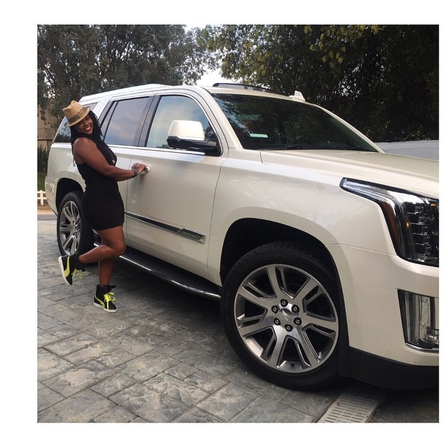 Someone Bought Her A Car After She Type: Comedian Kevin Hart Is Probably The Coolest Ex, Buys