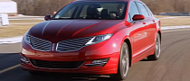 Consumer Reports Tests 2013 Lincoln MKZ [Video]