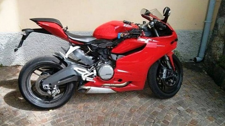 Could This Be the Ducati 899 Panigale?